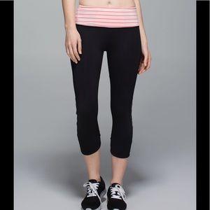 Lululemon Var-City crop Weave Black Pink Leggings